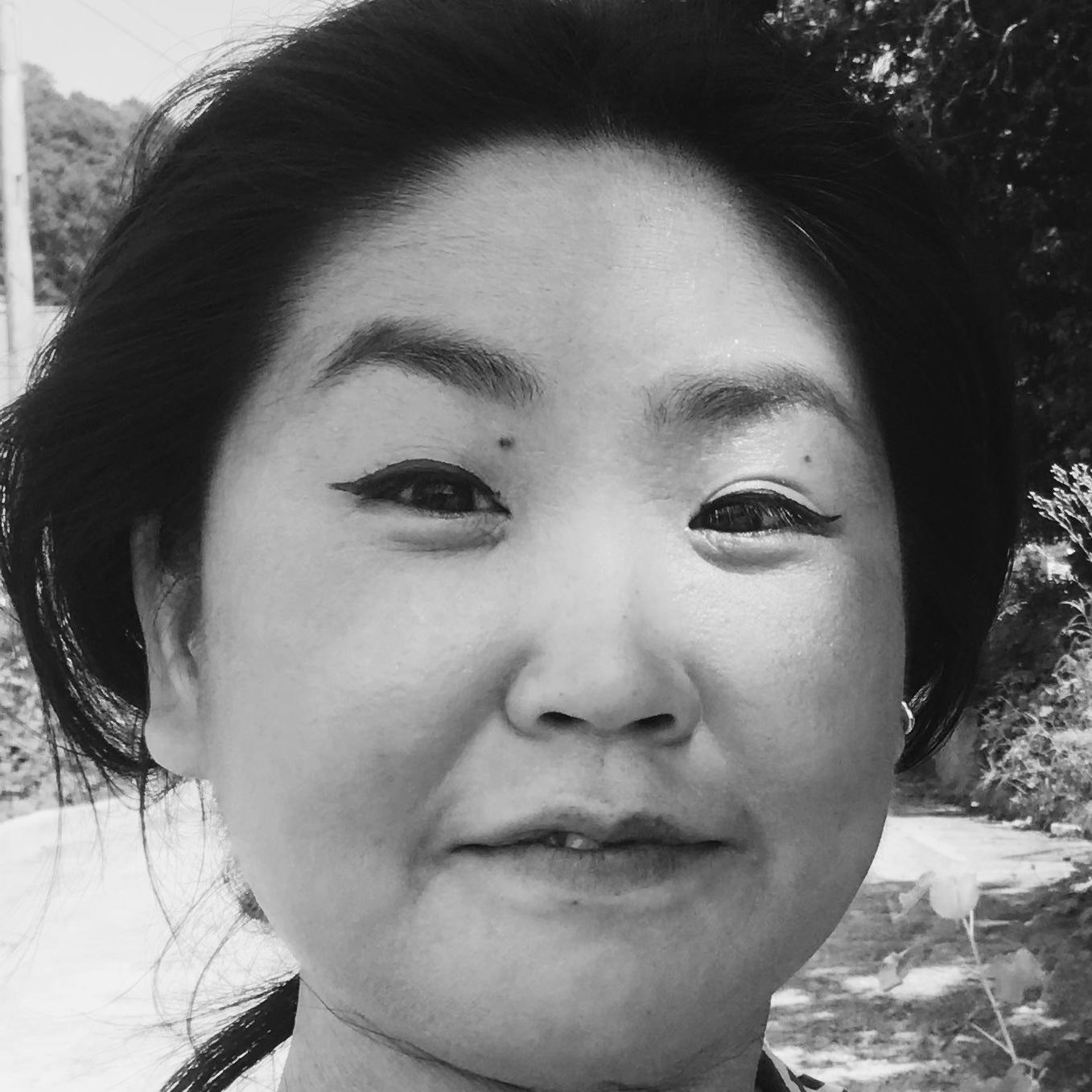 Prisca Youn Headshot